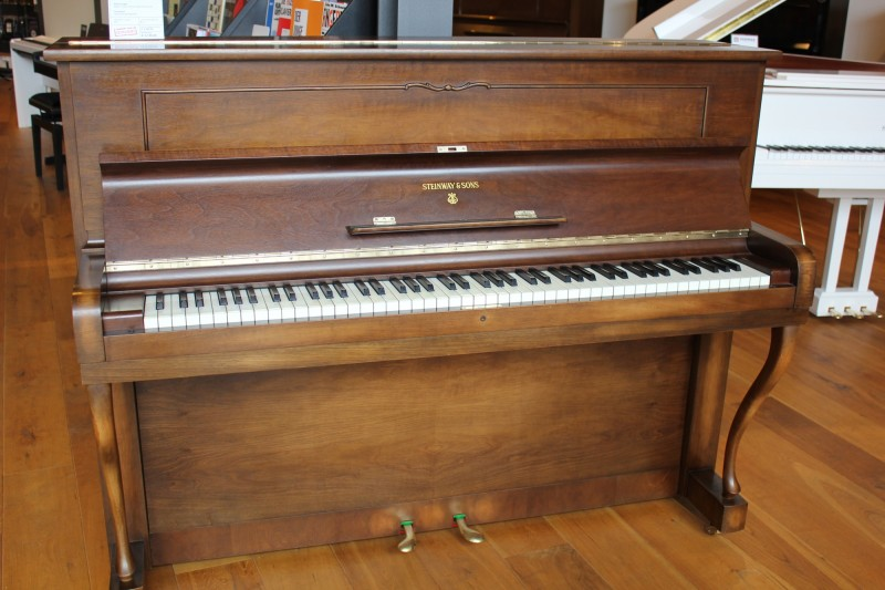 STEINWAY & SONS Z-114 Klavier Bj. 1959 -verkauft-