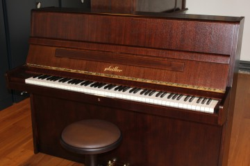 CARL A. PFEIFFER 112 Klavier Bj. 1970